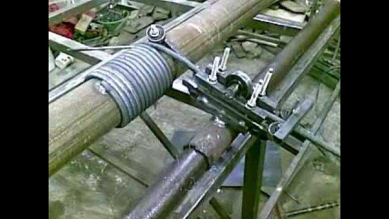 Самодельный механизм для завивки прута на трубу