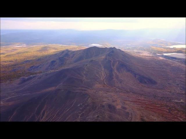 выженные кислотой горы и окрестности Карабаша с высоты.Южный Урал с дрона DJI Mavic Pro
