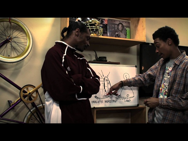 Snoop Dogg Wiz Khalifa - Young, Wild and Free ft. Bruno Mars [Official Video]