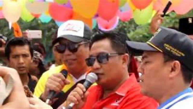 Pasangan calon Bupati Wakil Bupati Pamer Kendaraan Mewah Saat Kampanye Damai