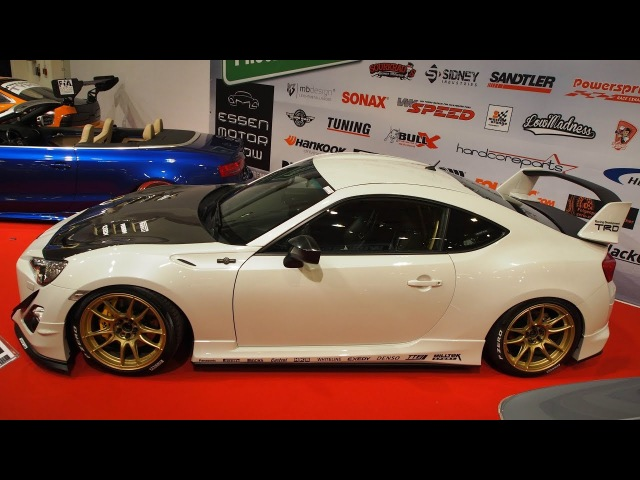Toyota GT86 2013 Tuning 2.0 L Boxer 254 PS Motec Nitro 9 x R18 Pearl-weiss - Exterior Walkaround