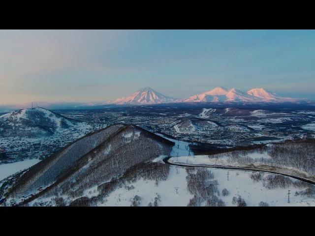 Домашние вулканы во время заката | Петропавловск-Камчатский - Аэросъемка