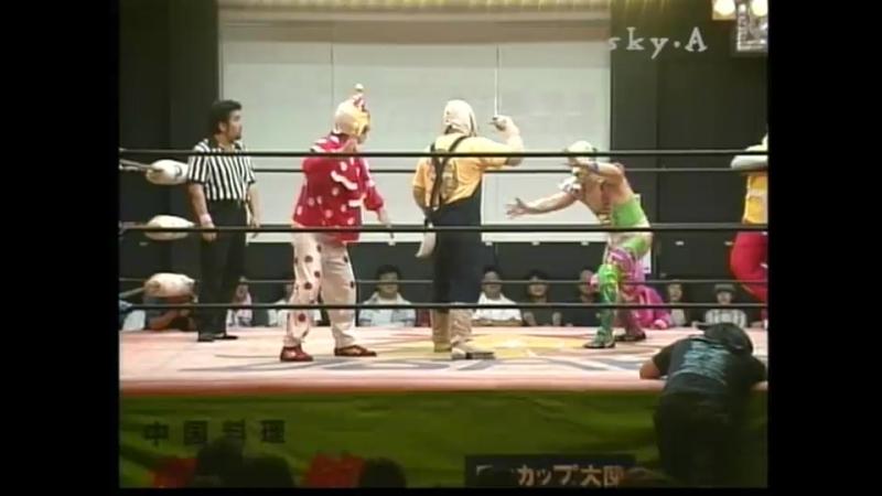 Ebessan, Perro vs. Kuishinbo Kamen, Super Delfin (Osaka Pro - Saturday Night Story 2004)