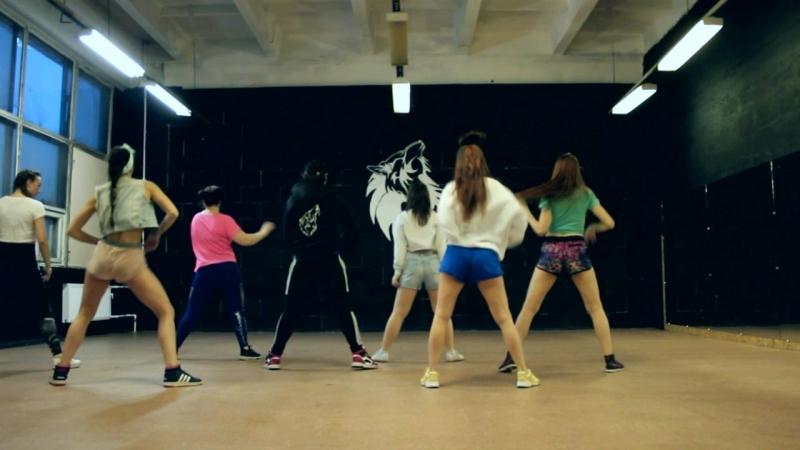 Reggaeton Dance Video. Choreo by Coach. BOOM!