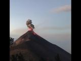 Вулкан Фуэго (Гватемала)