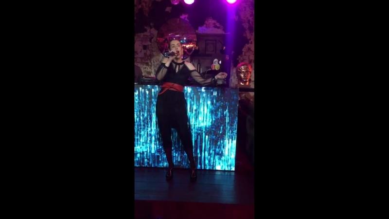 NIKA ZHUKOVA - Please don't stop the music (Rihanna live cover)