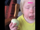 Девочка с луковицами