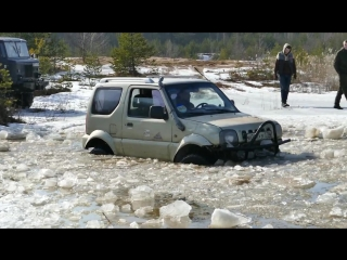 [Combat Crew] ГАЗ 66 и Suzuki Jimny ломают лёд полностью! GAZ 66 deep water offroad!