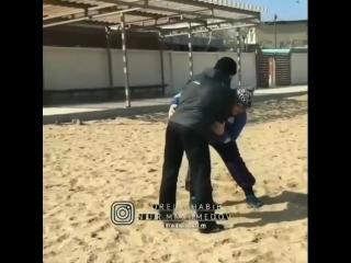Хабиб с отцом // ММА 95