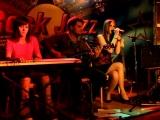 Юлия Пинчук-Три полоски (Animal Jazz cover)