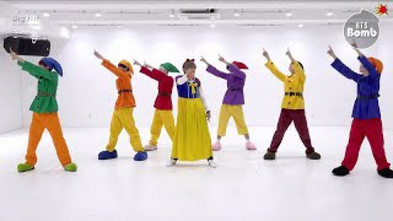 [Rus Sub] [Рус Саб] [BANGTAN BOMB] 고민보다 GO (GOGO) Dance Practice (Halloween ver.) - BTS (방탄소년단)