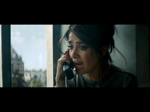 Смешной момент из фильма Телохранитель киллера 2 смотреть онлайн без регистрации