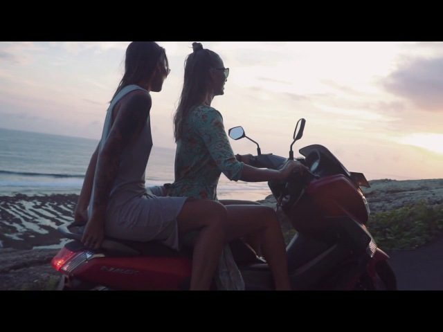 Girls, Beach, Bali.