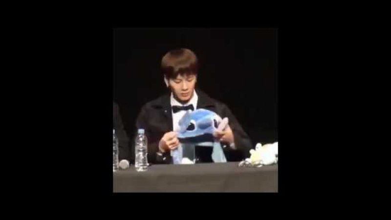 161209 - GOT7 ( jackson ) joking with fans in the FANSIGN