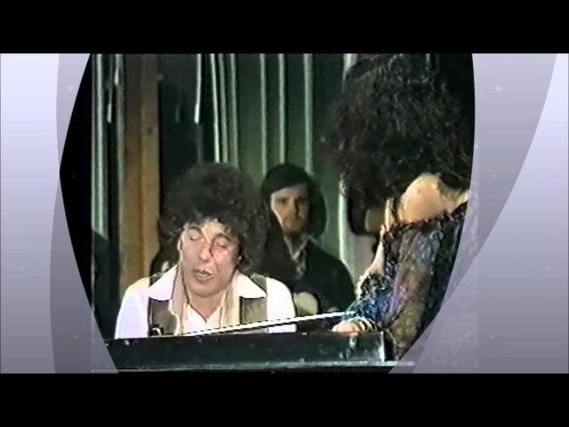 Riccardo Cocciante A mano a mano (con Mia Martini da Festa dinverno 1977)