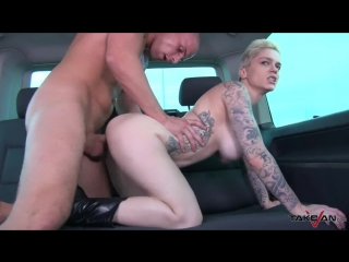 Short hair blonde without clothing found help in van where fuck big cock