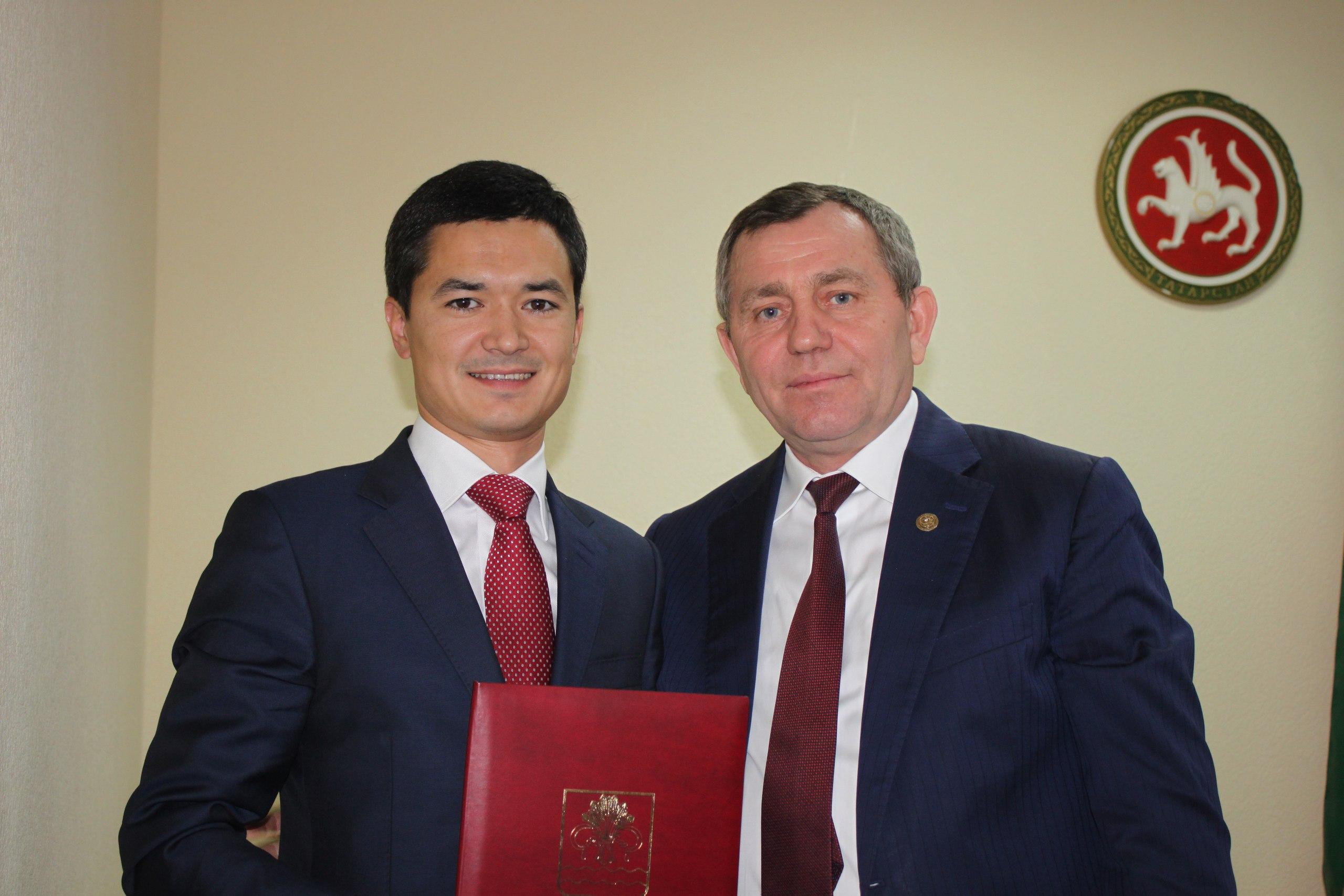 Сын Энгеля Фаттахова подал вотставку споста руководителя исполкома