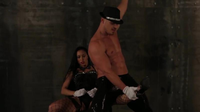 Эротическое стриптиз шоу _ SM show OVERLORD ( сексуальный женский и мужской тане