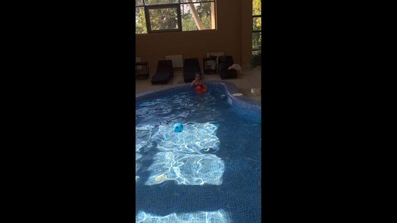 Продолжение тренировки по плаванию