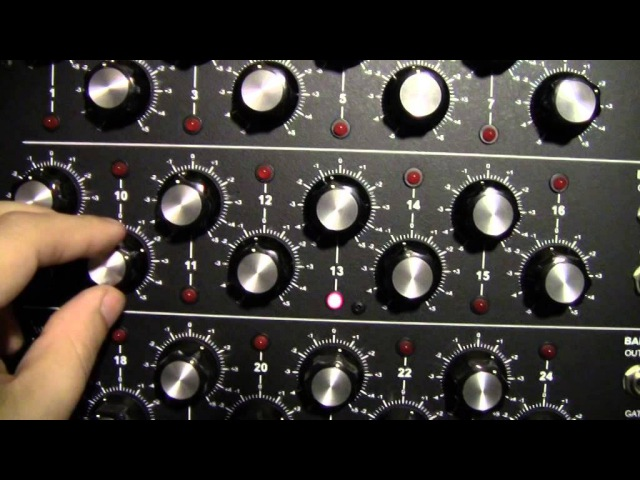 Creating D.A.F. - Der Mussolini with Q119 Corsynth VCO's and VCF