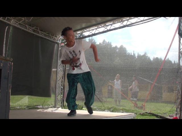 HOUSE | TATSUO first class | SDK Europe 2011 (Video 13)