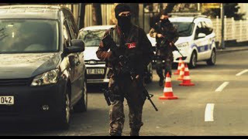 Türk Özel Kuvvetleri - Neşet Ertaş Eşliğinde! (PÖHJÖHJÖAKSATSASKOMANDOBORDOBERELİLER)