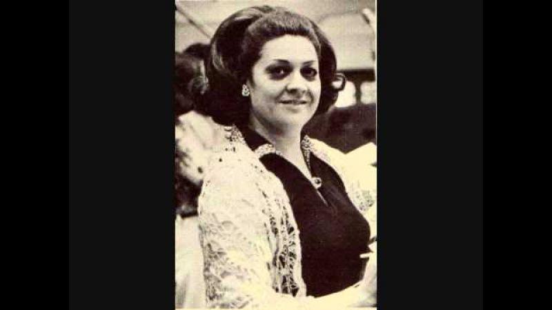 Fiorenza Cossotto as Giovanna Seymour-
