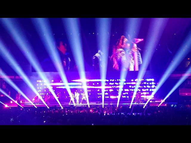 LoveGame на шоу «Joanne World Tour» в Кливленде 23 августа