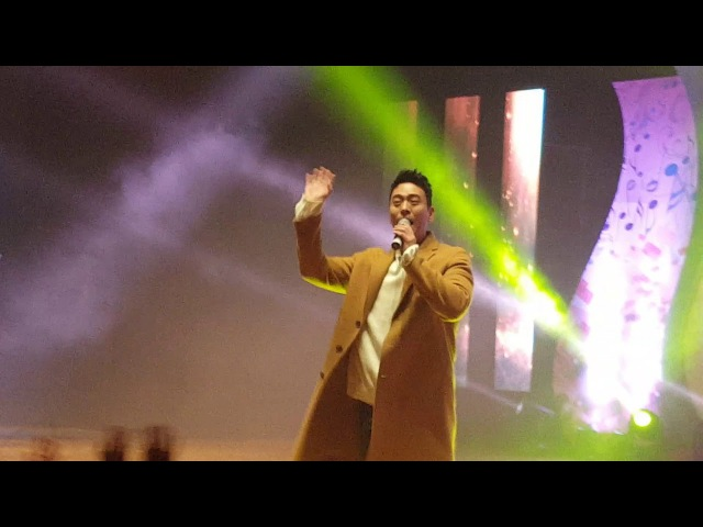 SG워너비의 출현으로 안동대학교 학생들의 환호... 2017년 11월 4일... 조충열 기자 - 00