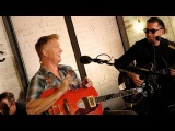 Queens of the Stone Age - Domesticated Animals (6 Music Live Room)