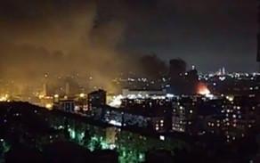 Bakının Xətai rayonunda zavodda güclü partlayış baş verib