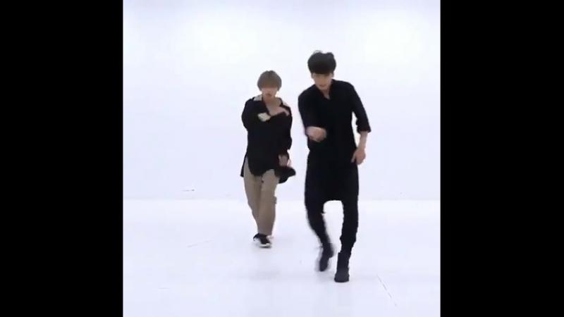 Vkook dance pr.