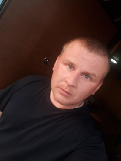 Максим Глызенков