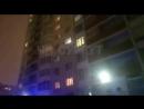 Сегодня в 18.00 с 14 этажа дома Пролетарский 42 выпал подросток (16лет). Девушка погибла, на месте работают все спецслужбы!Исто