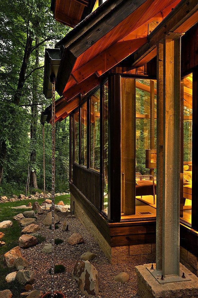 Современный дом для одной семьи в штате Огайо, в США.
