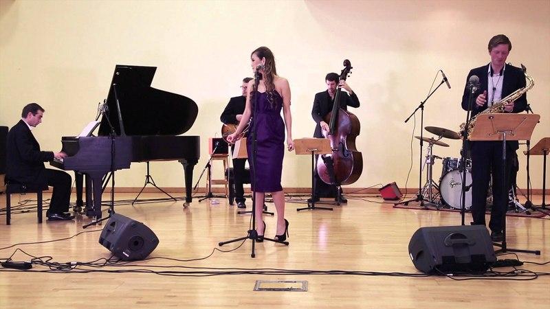 Wedding Jazz Band Hire - The Swingin' Times perform