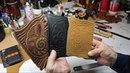 Leather making. Работа с кожей и вечерние разговоры с Александром Владимировичем. SHABALIN