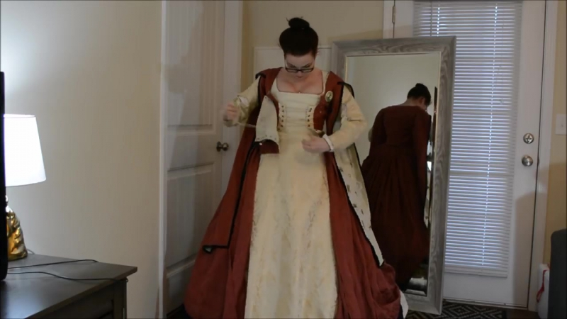 Dressing in a Tudor French Gown