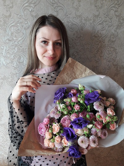 Елена Стенина
