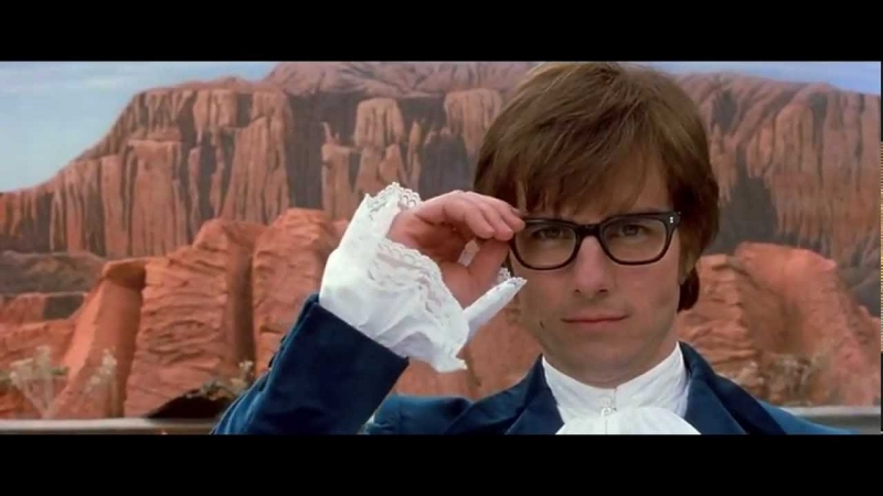 Tom Cruise is Austin Powers in Goldmemeber