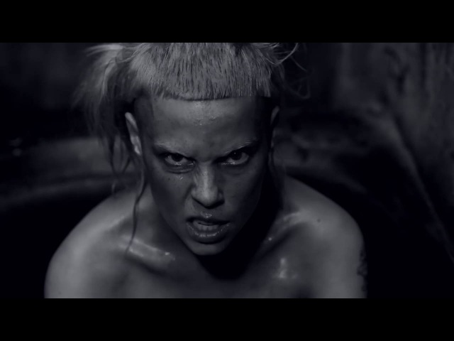 Musicless Musicvideo / DIE ANTWOORD - I FINK U FREEKY Cover