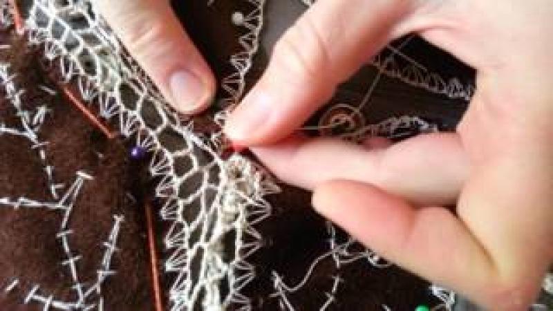 Redinha de Crochê Irlandês com agulha de mão