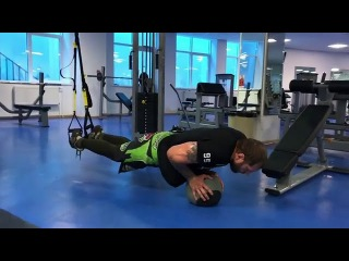 Александр Емельяненко: Упражнение на все группы мышц fktrcfylh tvtkmzytyrj: eghf;ytybt yf dct uheggs vsiw