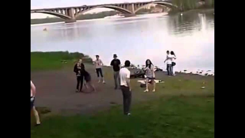 Драка Педиков vs Пьяных Мужиков ) Смотреть до конца