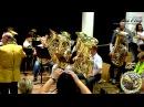 Универсальные рецепты при занятиях на духовом инструменте Оркестр из 30 туб artvlog