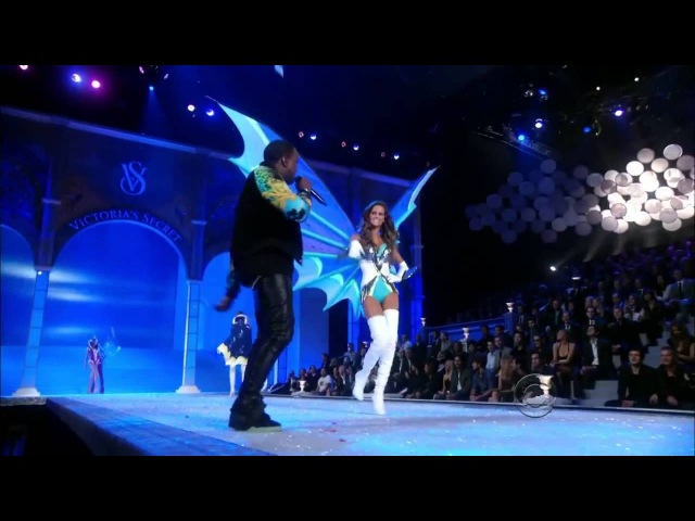 2011 Victoria's Secret Fashion Show Super Angels