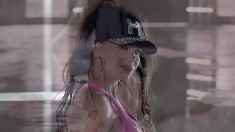 Hatice - Hüzünleri Sattım (Official Video Klip).avi