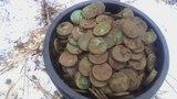 Гигантский клад медных монет весна 2018 не золото не серебро цена клада более 100 тысяч долларов