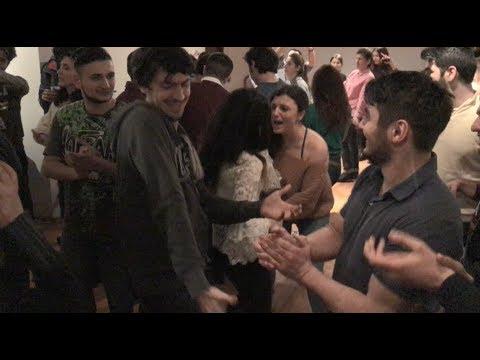 Ka-re Половина Моя Лезгинка В Будапеште 2018 Девушки Бомбят Танцзал ALISHKA и Толпа