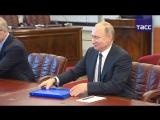 Путин подал документы в ЦИК